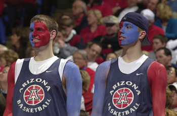 18 Mar 2001:   Fans of the Arizona Wildcats watch their team against the Butler Bulldogs during the Second round of the NCAA Tournament at Kemper Arena in Kansas City, Missouri.  The Arizona Wildcats defeat the Butler Bulldogs 73 - 52. DIGITAL IMAGE  Mand