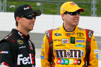 Denny Hamlin(left) and Kyle Busch(right) finished 2-3 at Charlotte