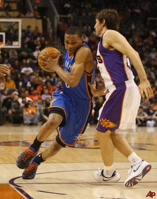 Steve-nash-russell-westbrook-2009-12-23-22-40-22_display_image