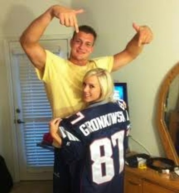 Gronk_display_image