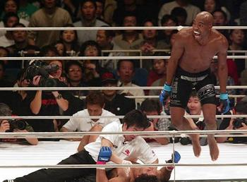 Silva celebrates after wrecking Carlos Newton. Photo via Pride FC