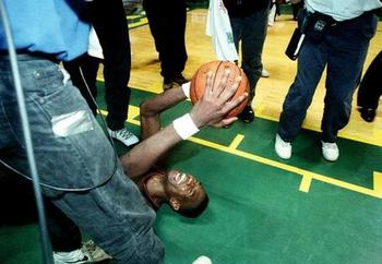 Dikembe Mutombo played like a beast in Denver's 1994 upset of the SuperSonics.
