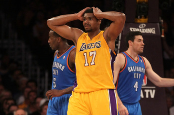 Lakers' center Andrew Bynum