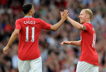Giggs (left) & Scholes (right): United Legends