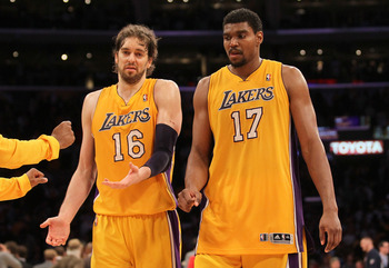 Pau Gasol and Andrew Bynum collaborate during Game 5 of the Lakers-Thunder series.