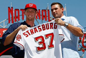 Stephen Strasburg (l) introduced by Ryan Zimmerman (r) at Nationals Park in 2009.