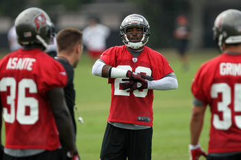 Ronde Barber has worked out at safety for the majority of the Buccaneers OTA sessions (photo courtesy of US Presswire).