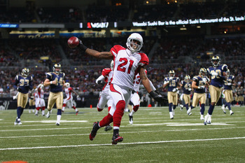 Peterson takes a punt to the house against the Rams.