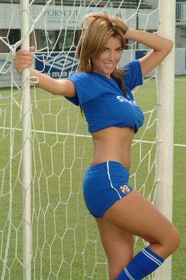 Las 25 Novias y Esposas mas Hermosas de la Euro 2012