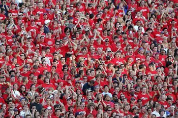http://bleacherreport.com/articles/397255-ranking-the-pac-10-student-sections