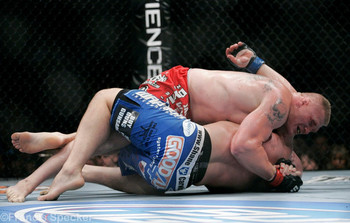 Brock-lesnar-shane-carwin-024_display_image