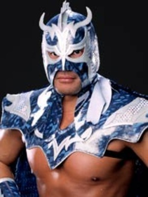 Photo courtesy of http://smackdown.neoseeker.com/wiki/Ultimo%20Dragon
