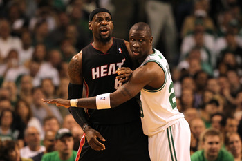 Mikael Pietrus locking down LeBron James