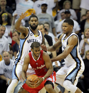 O.J. Mayo guards Chris Paul in Memphis' first-round playoff series.