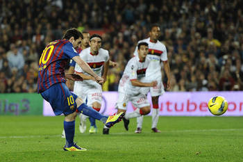 http://discipleofmessi.wordpress.com/2011/10/30/barca-crushes-mallorca-5-0-messi-records-hat-trick/