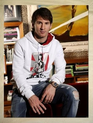 http://www.squidoo.com/the-best-lionel-messi-posters?utm_source=google&utm_medium=imgres&utm_campaign=framebuster