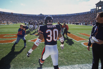 Mike Brown had back to back INT returns for touchdown in OT in back to back weeks for the Chicago Bears.
