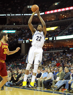 MEMPHIS, TN - APRIL 23:  Rudy Gay #22 of the Memphis Grizzlies shoots the ball during the NBA game against the Cleveland Cavaliers at FedExForum on April 23, 2012 in Memphis, Tennessee.  NOTE TO USER: User expressly acknowledges and agrees that, by downlo