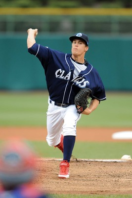 http://blogs.app.com/blueclaws/files/2012/04/Giles_Ken_3275.jpg