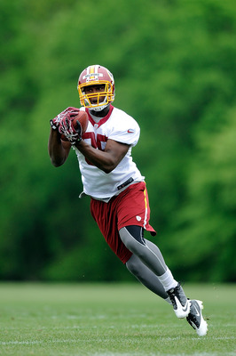 ASHBURN, VA - MAY 06:  Beau Reliford #85 of the Washington Redskins catches a pass during the Washington Redskins rookie minicamp on May 6, 2012 in Ashburn, Virginia.  (Photo by Patrick McDermott/Getty Images)