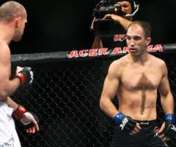 Ebersole helps his opponents know where to aim their punches (photo via Esther Lin/mmafighting.com)