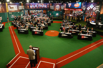 Mlbdraftroom_display_image