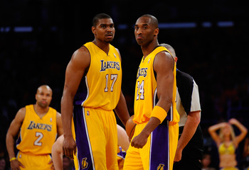 Lakers Kobe Bryant and Andrew Bynum