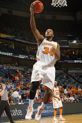 Jeronne Maymon (34) leads a Tennessee team looking for more in 2012-13.