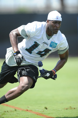 JACKSONVILLE, FL - MAY 05: Wide receiver Justin Blackmon #14 during Jacksonville Jaguars Minicamp at EverBank Field on May 5, 2012 in Jacksonville, Florida (Photo by Rick Dole/Getty Images)