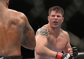 Brian Stann beat down Alessio Sakara, but pulled punches after he believed he won. Photo c/o mmaweekly.com