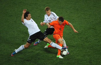 Huntelaar evades two challenges during the defeat to Germany