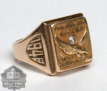Tommy Thompson's NFL Championship ring, from profootballhof.com