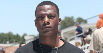 http://www.rantsports.com/big-12-football/2012/06/06/texas-longhorns-recruit-ricky-seals-jones-decommits/