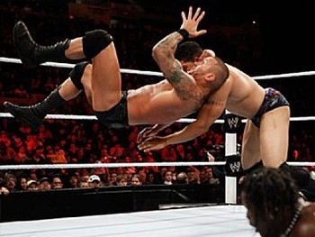 David-otunga-vs-randy-orton_display_image_display_image