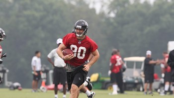 Kerry Meier wowed with many catches during minicamp (photo courtesy of the Atlanta Falcons).