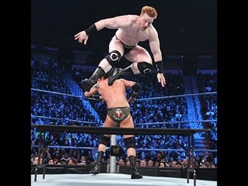 Img_2137_friday-night-smackdown-sheamus-vs-wade-barrett-tables-match_display_image