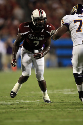 CHARLOTTE, NC - SEPTEMBER 03:  Jadeveon Clowney #7 of the South Carolina Gamecocks during their game against the East Carolina Pirates at Bank of America Stadium on September 3, 2011 in Charlotte, North Carolina.  (Photo by Streeter Lecka/Getty Images)