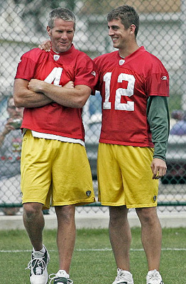 http://sportskraze.files.wordpress.com/2010/07/aaron-rodgers.jpg