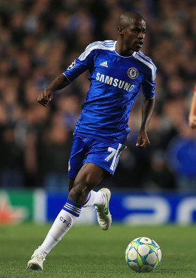 LONDON, ENGLAND - APRIL 04:  Ramires of Chelsea in action during the UEFA Champions League Quarter Final second leg match between Chelsea and Benfica at Stamford Bridge on April 4, 2012 in London, England.  (Photo by Clive Rose/Getty Images)