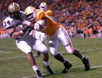 http://m.knoxnews.com/photos/galleries/2009/nov/21/tennessee-vs-vanderbilt-nov-21-2009/15978/