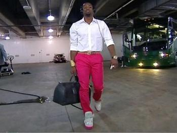 Source: http://theurbandaily.com/1924431/dwyane-wade-pink-pants-photo/