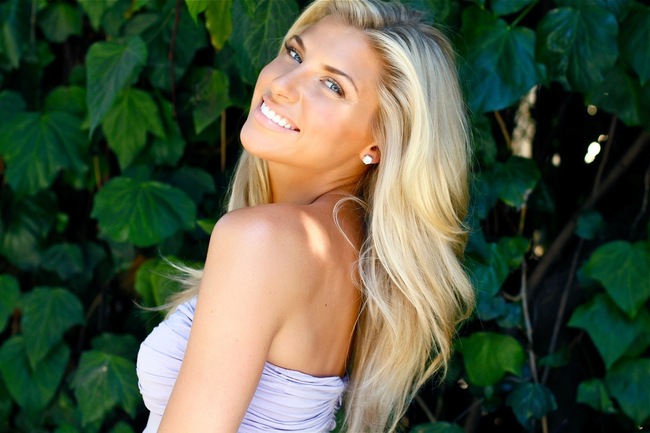 Melanie-collins-306_crop_650