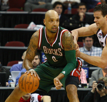 Drew Gooden can't do it alone in the low-post for the Bucks.