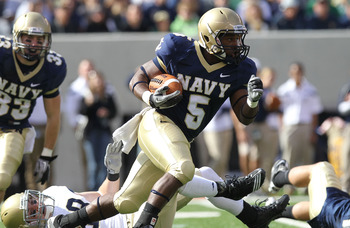 Navy tops Notre Dame 35-17 in 2010.