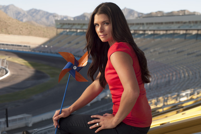 Danicapatrick_1073_crop_650