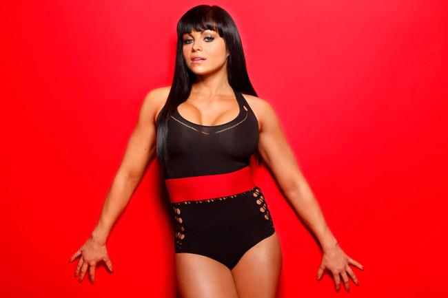 Aksana-wwe-divas-30874481-1284-722_crop_650