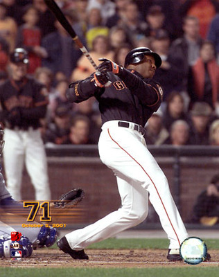 Barry Bonds hitting No. 71 (posters.ws)