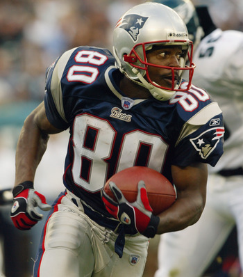 PHILADELPHIA - SEPTEMBER 14:  Troy Brown #80 of the New England Patriots returns a punt against the Philadelphia Eagles on September 14, 2003 at Lincoln Financial Field in Philadelphia, Pennsylvania. The Patriots defeated the Eagles 31-10. (Photo by Nick
