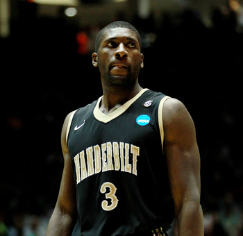 The physically imposing Festus Ezeli will be a welcome addition in Atlanta.