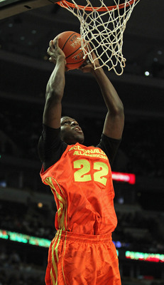 Alex Poythress was the leading scorer for the East team.